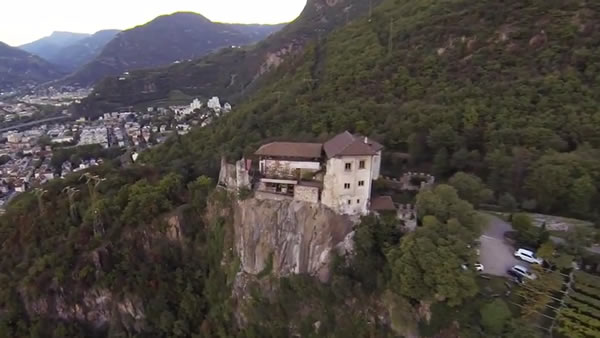 Haselburg:Video